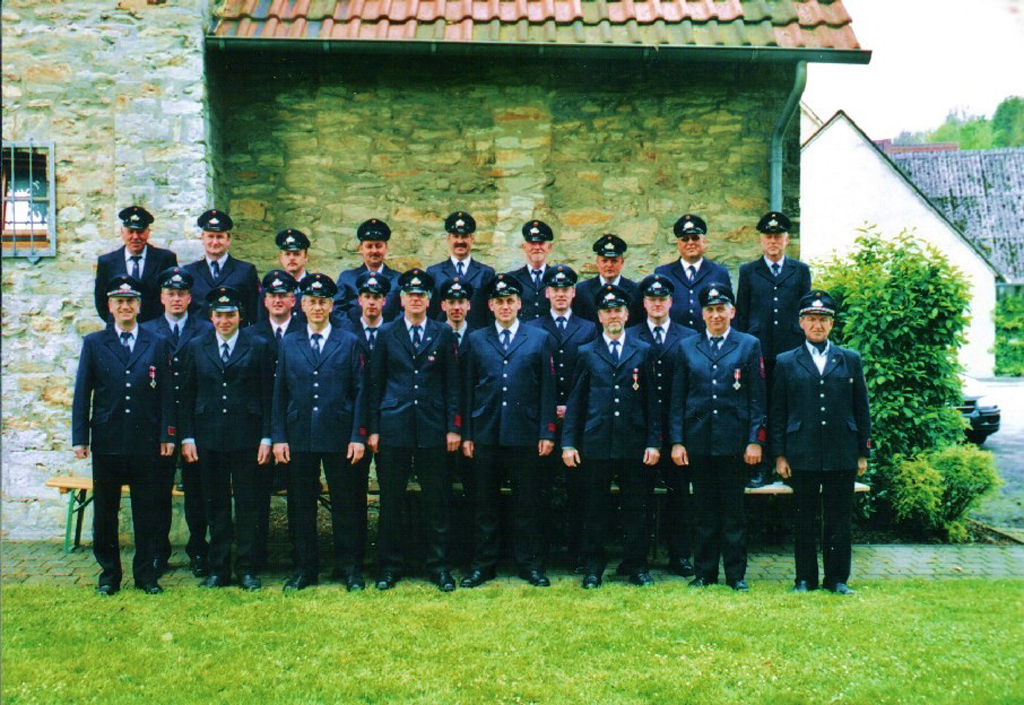 Gruppenfoto: Löschgruppe Weine 2005
